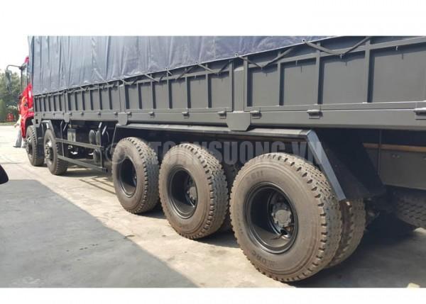 Xe tải howo 5 chân đang tiêu thụ khá mạnh tại thị trường Việt Nam. 1