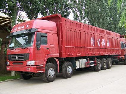 Xe tải howo 5 chân đang tiêu thụ khá mạnh tại thị trường Việt Nam.