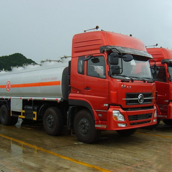 Xe chở xăng dầu Dongfeng – Vị thế đã được khẳng định